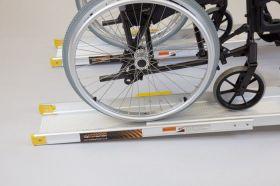 Rampa mobila telescopica pentru scaun cu rotile si persoane cu dizabilitati 1520 mm