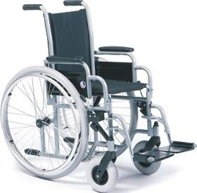 Scaun pediatric cu rotile